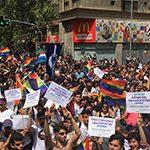 Más de 80.000 personas se manifiestan en Chile a favor del matrimonio igualitario y la adopción homoparental