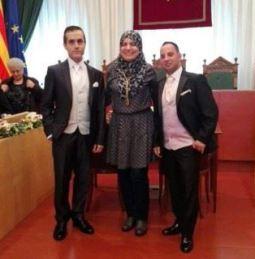 concejala musulmana Badalona casa a dos hombres