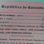 Colombia: tres hombres formalizan ante notario una unión poliamorosa