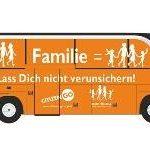 Los socios alemanes de HazteOír fletan un autobús contra la ley de matrimonio igualitario para pasearlo en los días previos a las elecciones