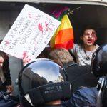 Una decena de activistas LGTB detenidos en San Petersburgo por manifestarse contra la persecución homófoba de Chechenia