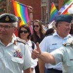 La cúpula militar de Canadá, con el general Jonathan Vance al frente, participa por primera vez en una marcha del Orgullo LGTB