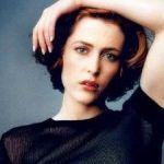 Gillian Anderson -la agente Scully en Expediente X- habla sobre su bisexualidad